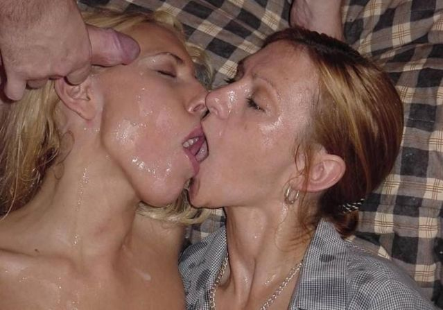 Lesbian Kissing Teen Cum Pervert Lesbians