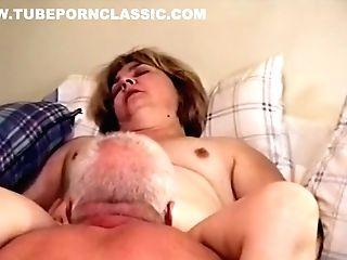 Pornofilm med squising orgasme