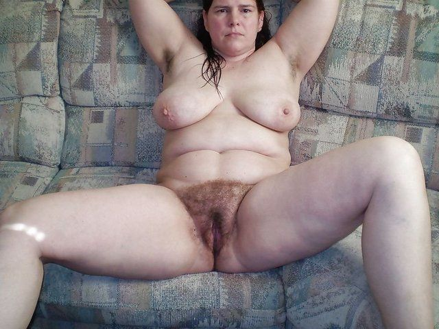 Old mature hairy PUSSY: A