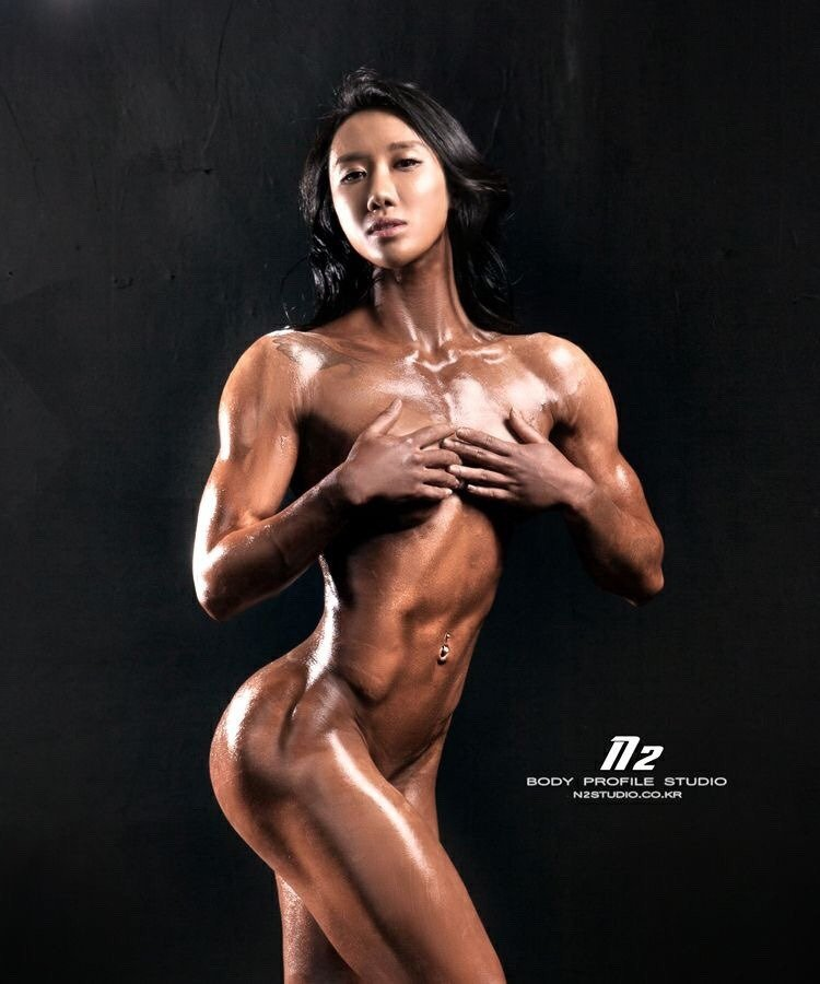 Nude asian muscle girl