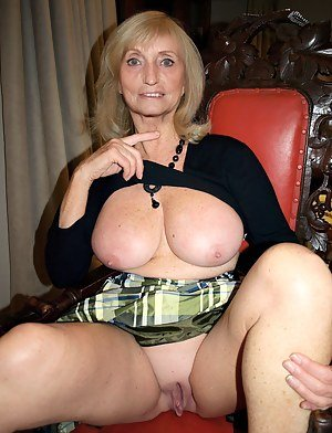 So sexy milf models naked