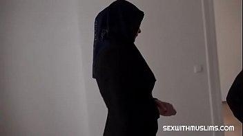Appaloosa reccomend Slutload hijab cumshot