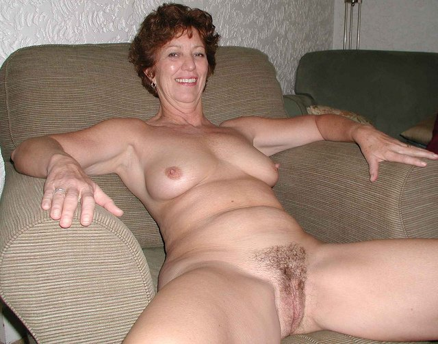 Hairy moms nude