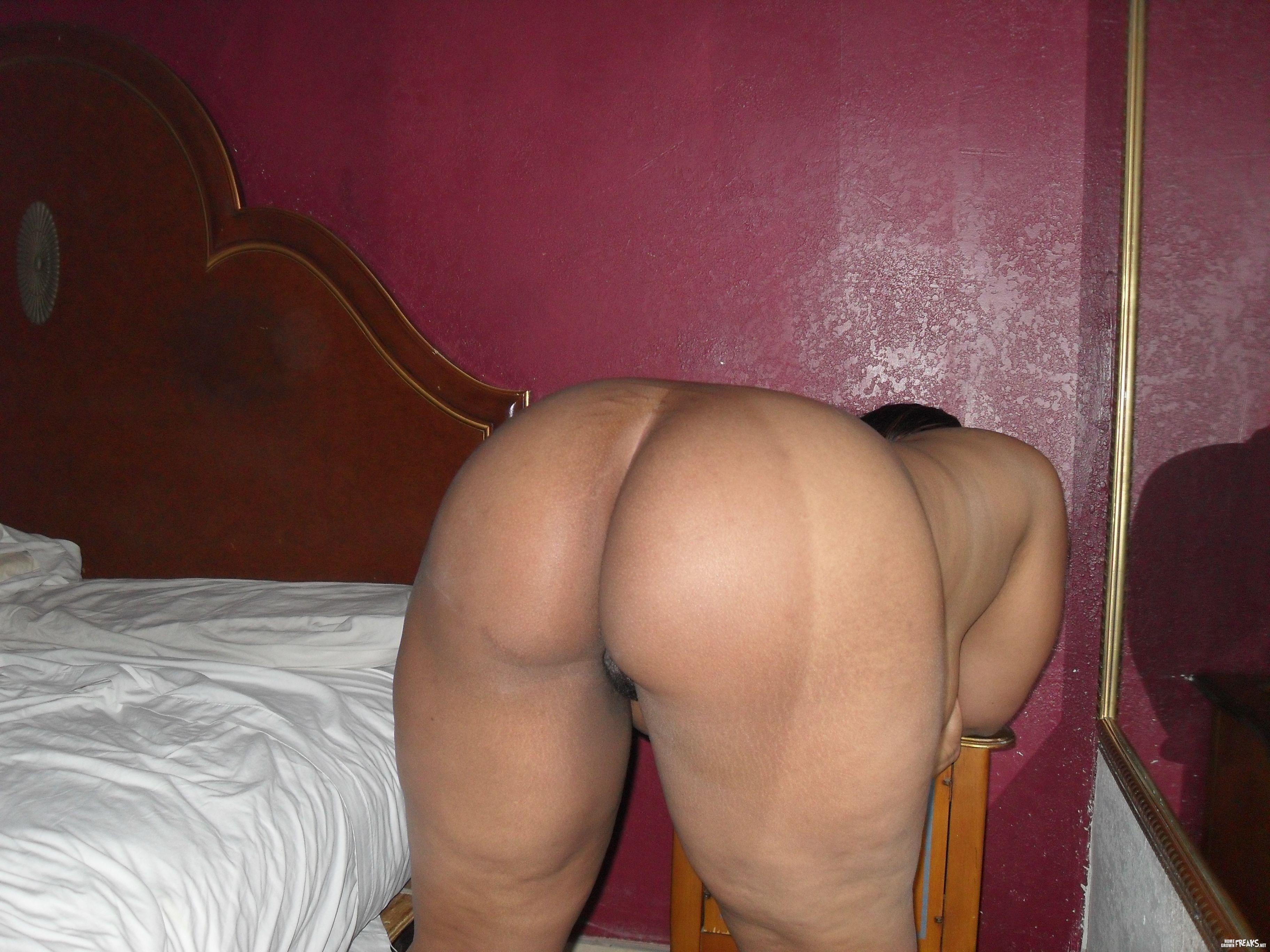 Lightskin fat ass