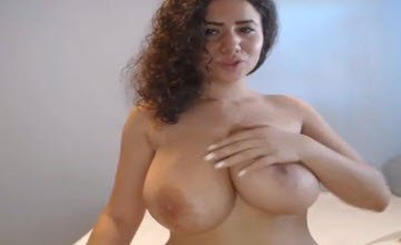 Noodle recommendet solo boob oil tit play